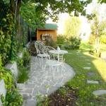 Schubert & Partner Gartengestaltung | Sitzplatz aus Polygonalplatten