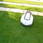 Schubert & Partner Gartengestaltung | Rasenmähroboter